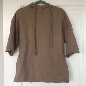 Alo yoga oatmeal short sleeve hoodie S